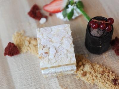 Menú 12 - Milhojas de Crema y Nata con Helado de Chocolate 5