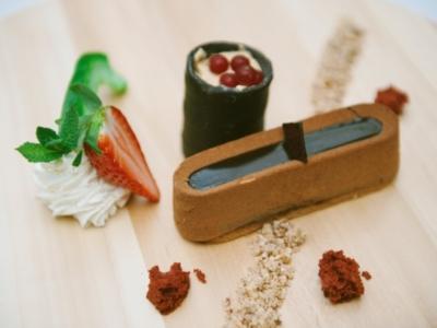 Menú 13 - Lingote de Chocolate de Tanzania con Frambuesas y Helado de Kit-Kat 3