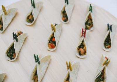 Mini Taco con Pico de Gallo, Guacamole y Lenteja Caviar 3